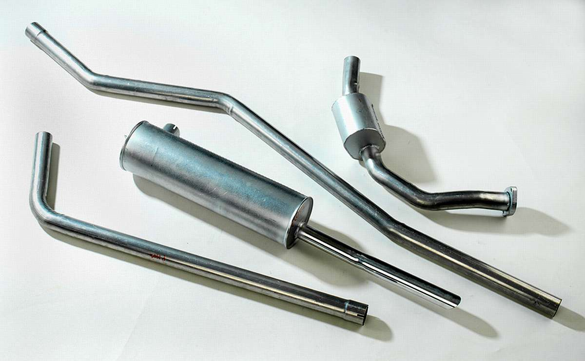 Borgward P 100 Exhaust system